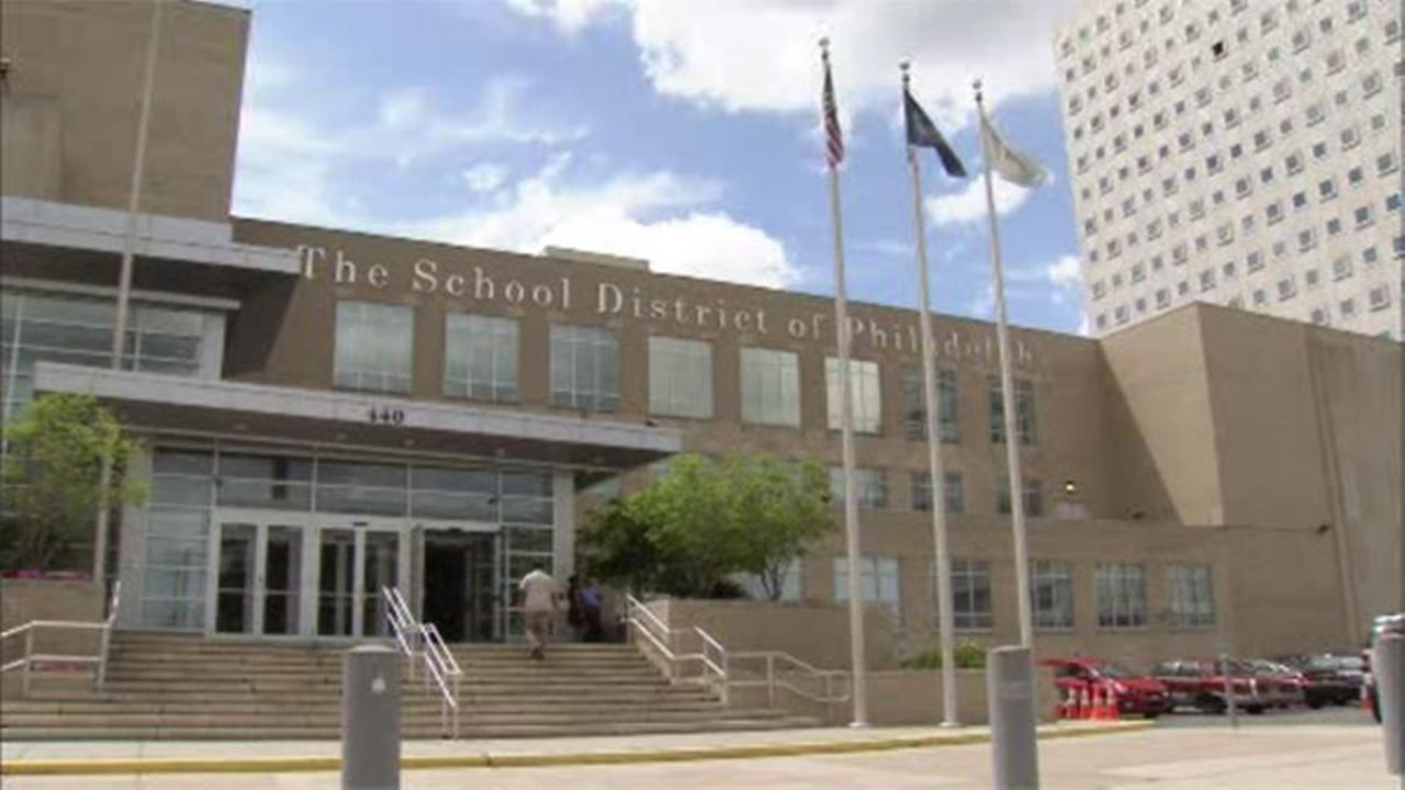 Philadelphia School District employee indicted for allegedly steering contracts to family, friends