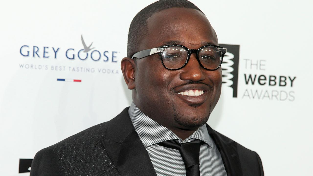 A Florida newspaper reports that comedian Hannibal Buress was arrested on a disorderly intoxication charge after an encounter with a police officer.