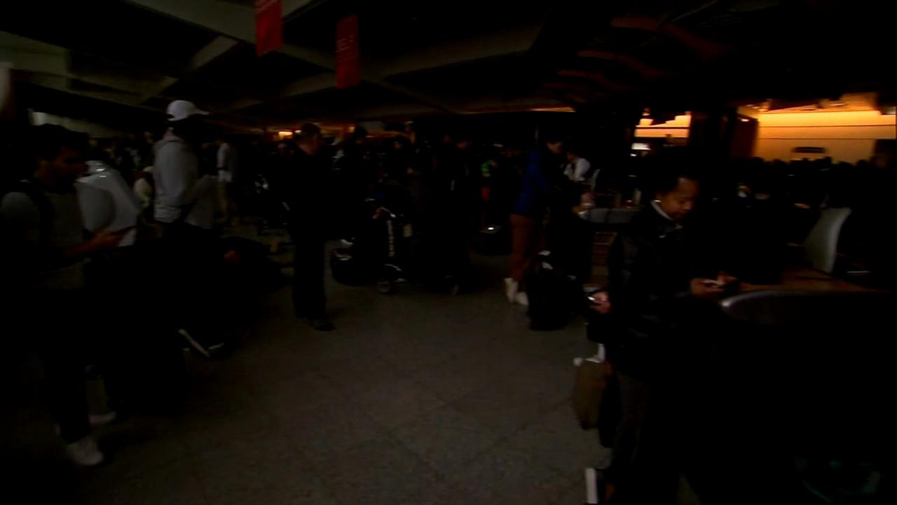 Sudden power outage creates nightmare at Atlanta airport