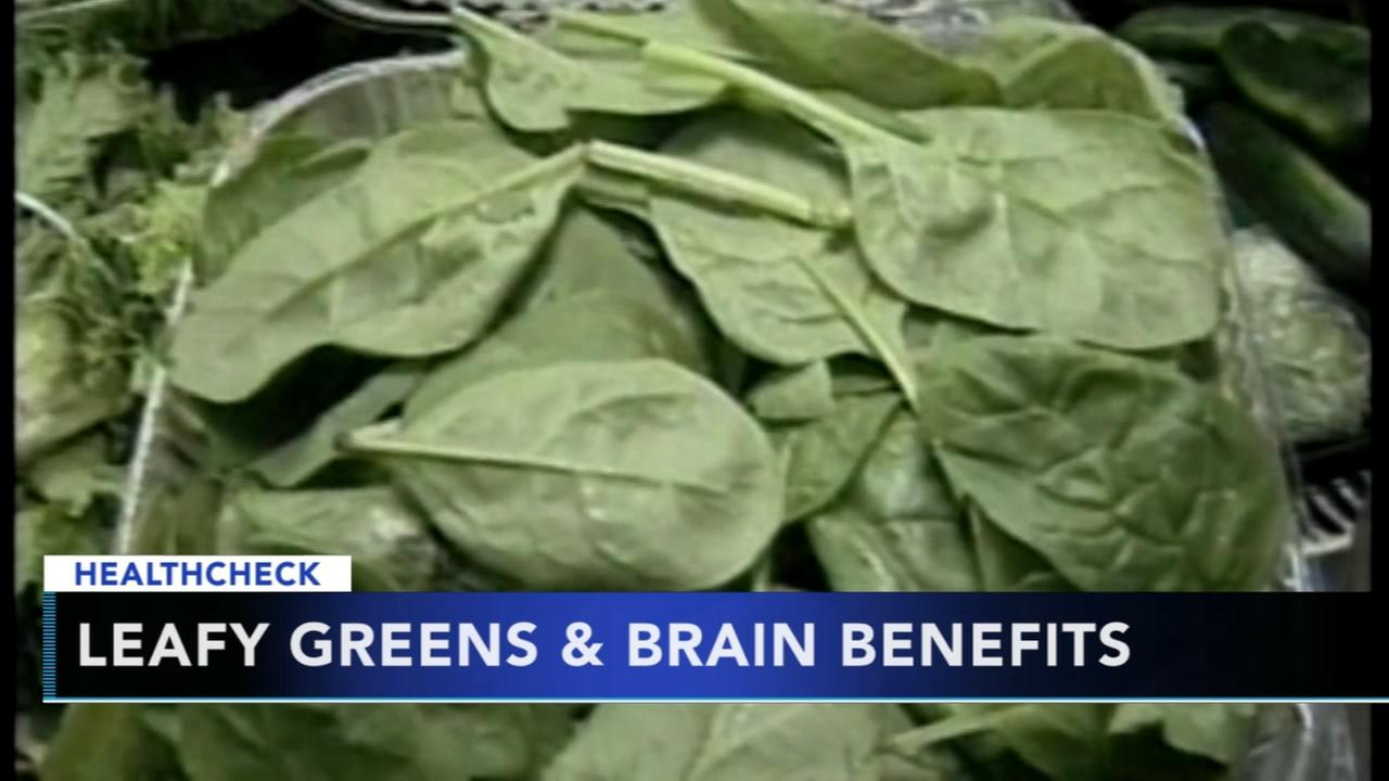 Eating more leafy greens can help boost brain benefits