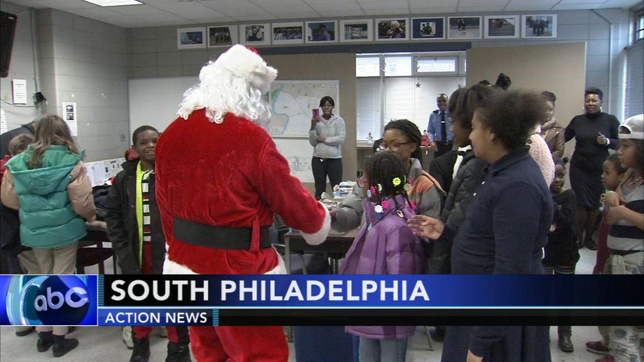 Philadelphia police invite students to first district Christmas party