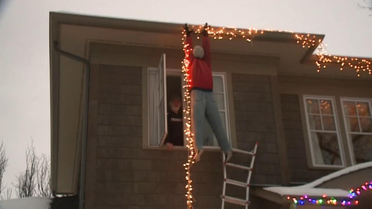 Dummy christmas decoration prompts 911 calls from concerned neighbors