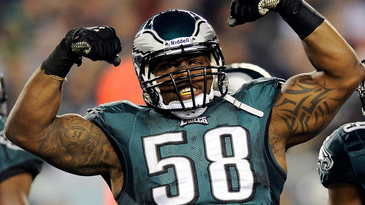 Two-time Pro Bowler and one of the Eagles franchises all-time leading pass rushers will retire in Philadelphia.