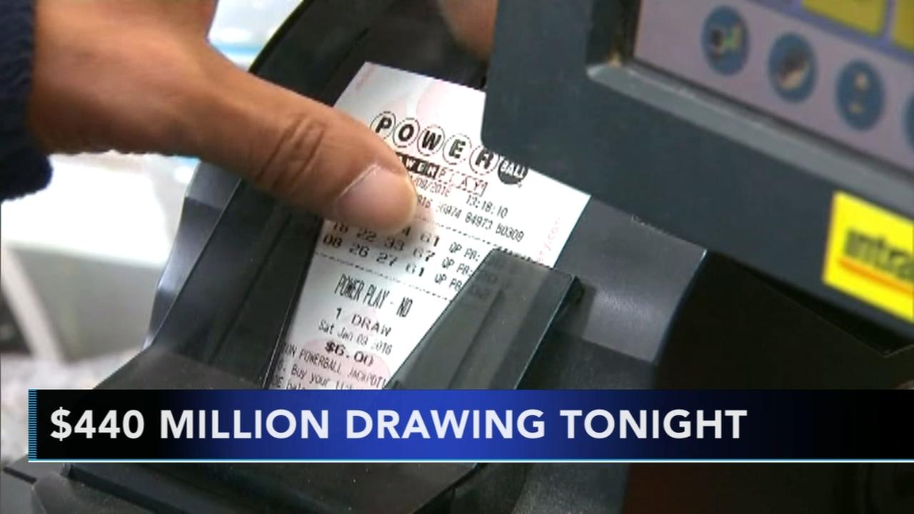Powerball hits $440M, no Mega Millions winner yet