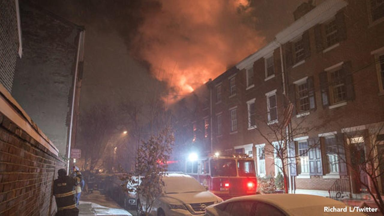 2-alarm fire breaks out in Queen Village