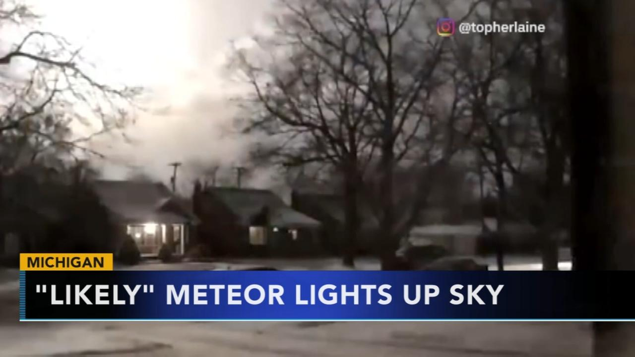 Possible meteor rattles Michigan residents