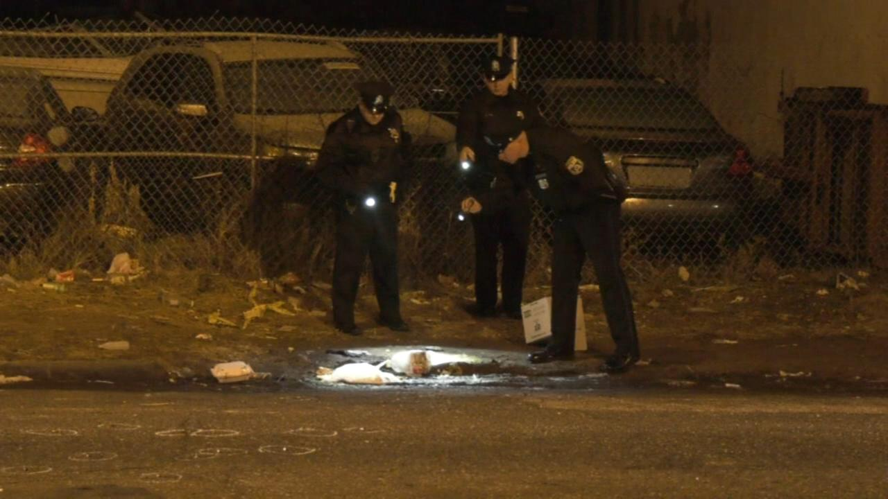 Two injured in double shooting outside North Philadelphia bar