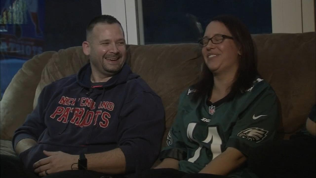 VIDEO: Family split rooting for Eagles and Patriots
