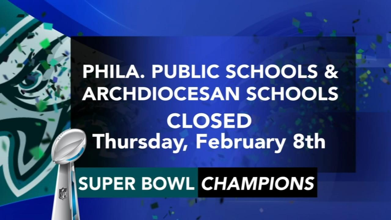Schools announce closings in advance of parade