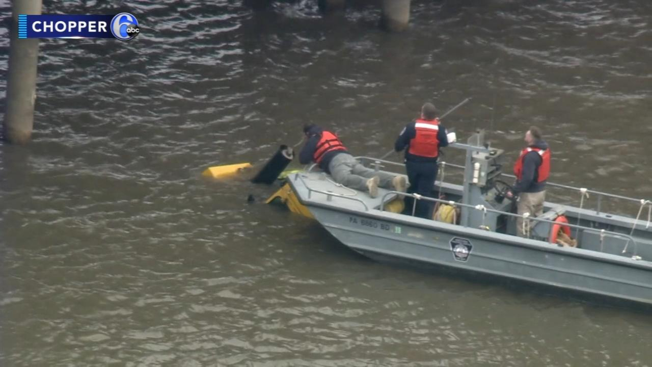 Worker dies after front end loader plunges into water in Del.