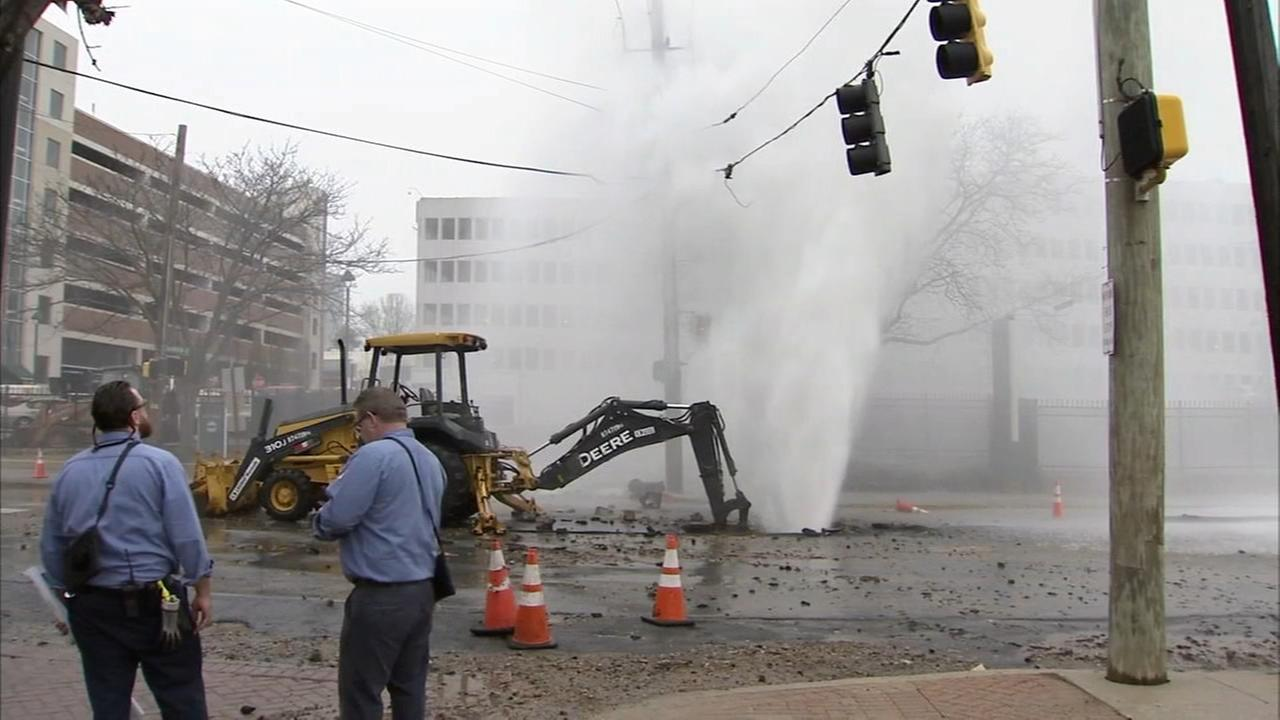 RAW VIDEO: Large water main break in Wilmington