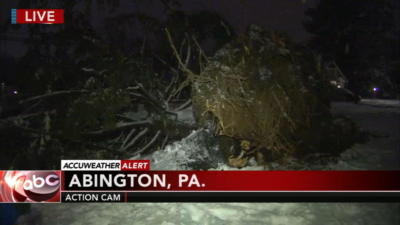 Residents cope without power after noreaster