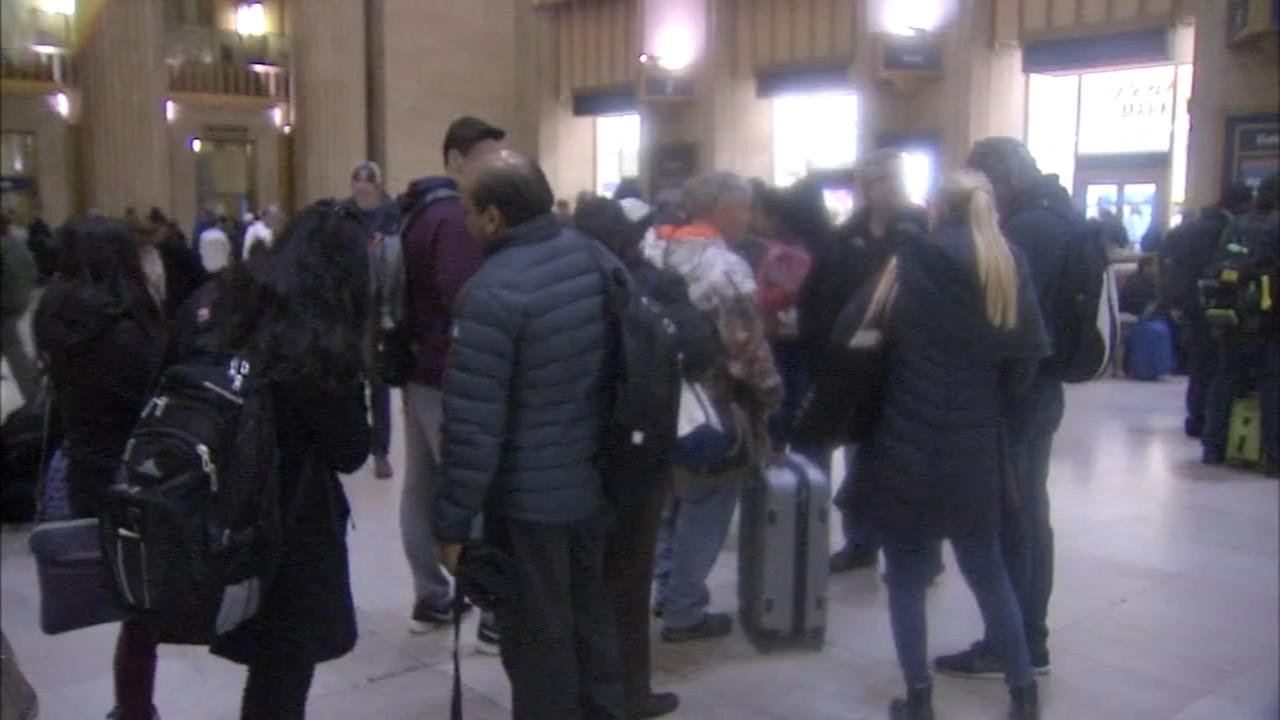 Noreaster causes travel woes for commuters