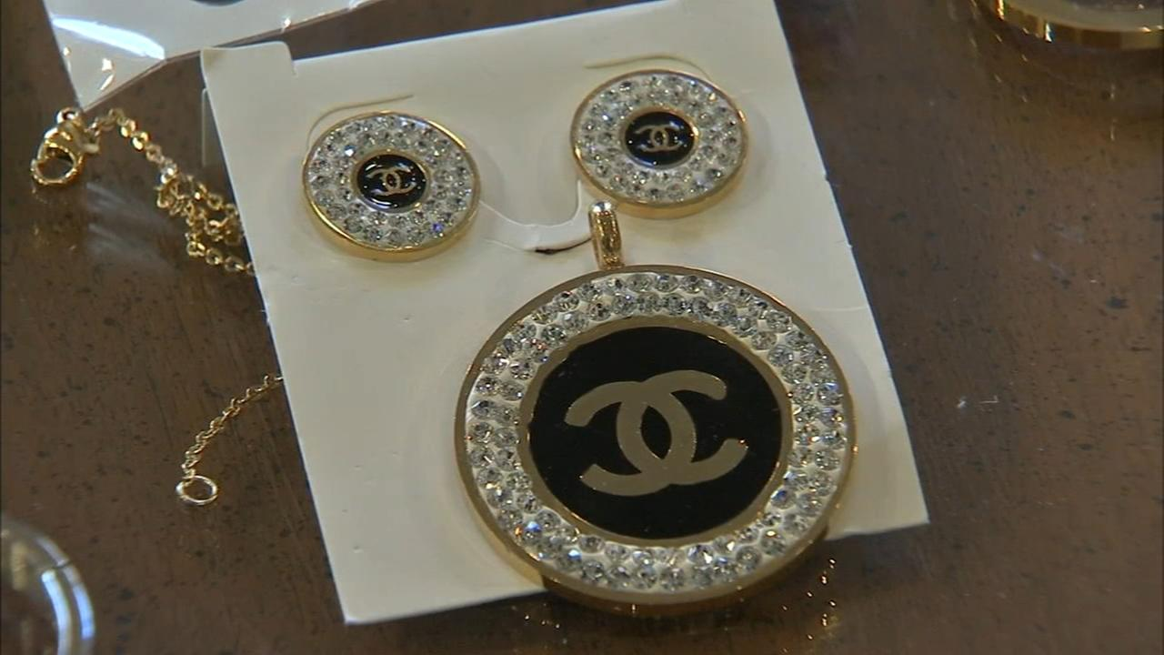 Large counterfeit jewelry shipment seized in Philly