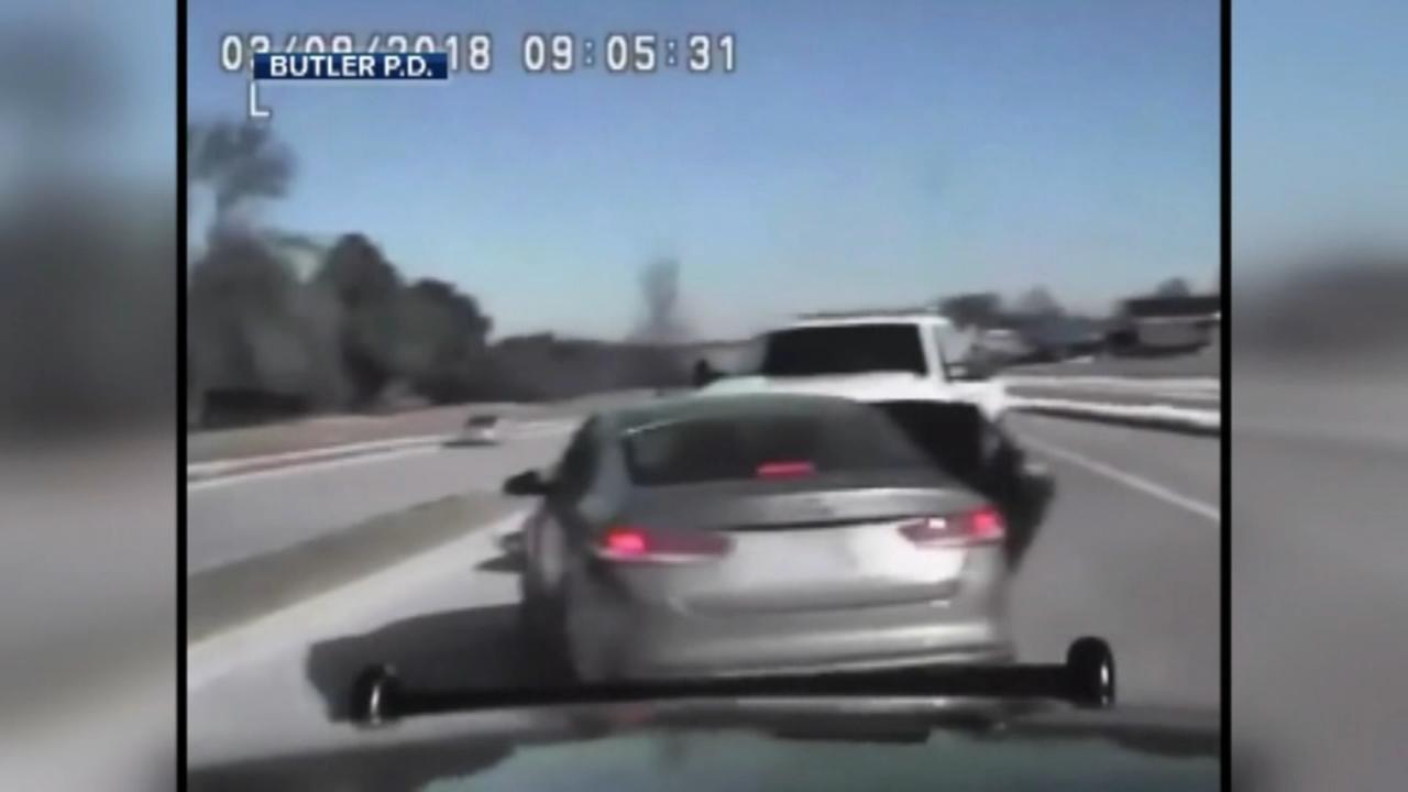 Bystander helps stop car thieves
