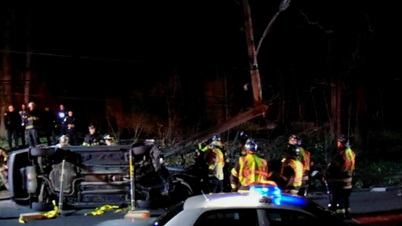 Driver injured in Darby crash
