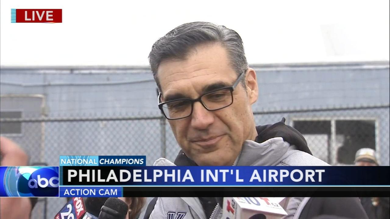 Coach Jay Wright speaks upon Wildcats return home