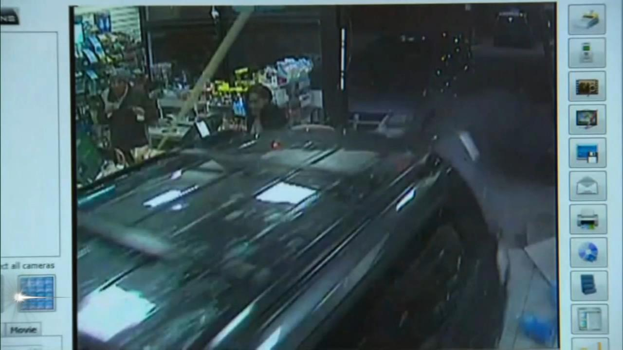 Driver crashes into convenience store