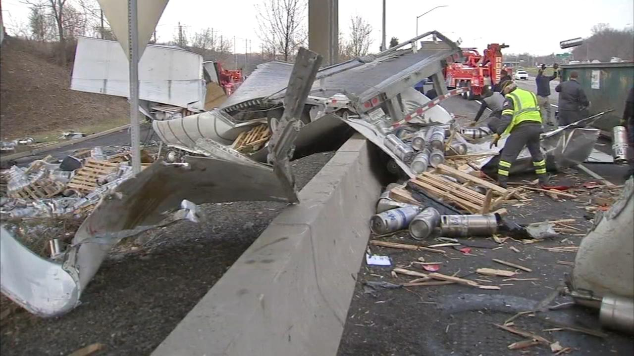 Big rig plunges onto I-95 in Bucks County