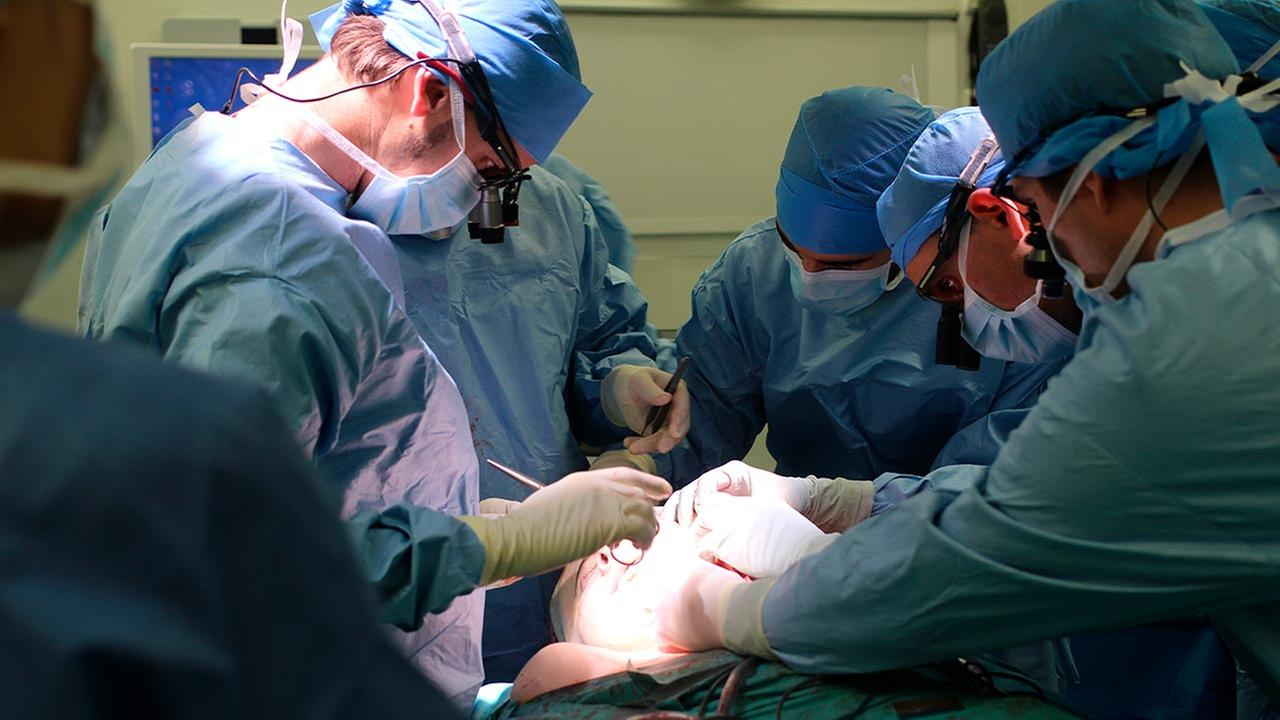 HEGP AP-HP, surgeons perform a face transplant on Jerome Hamon. In a medical first, a French surgeon says he has performed a second face transplant on the same patient.