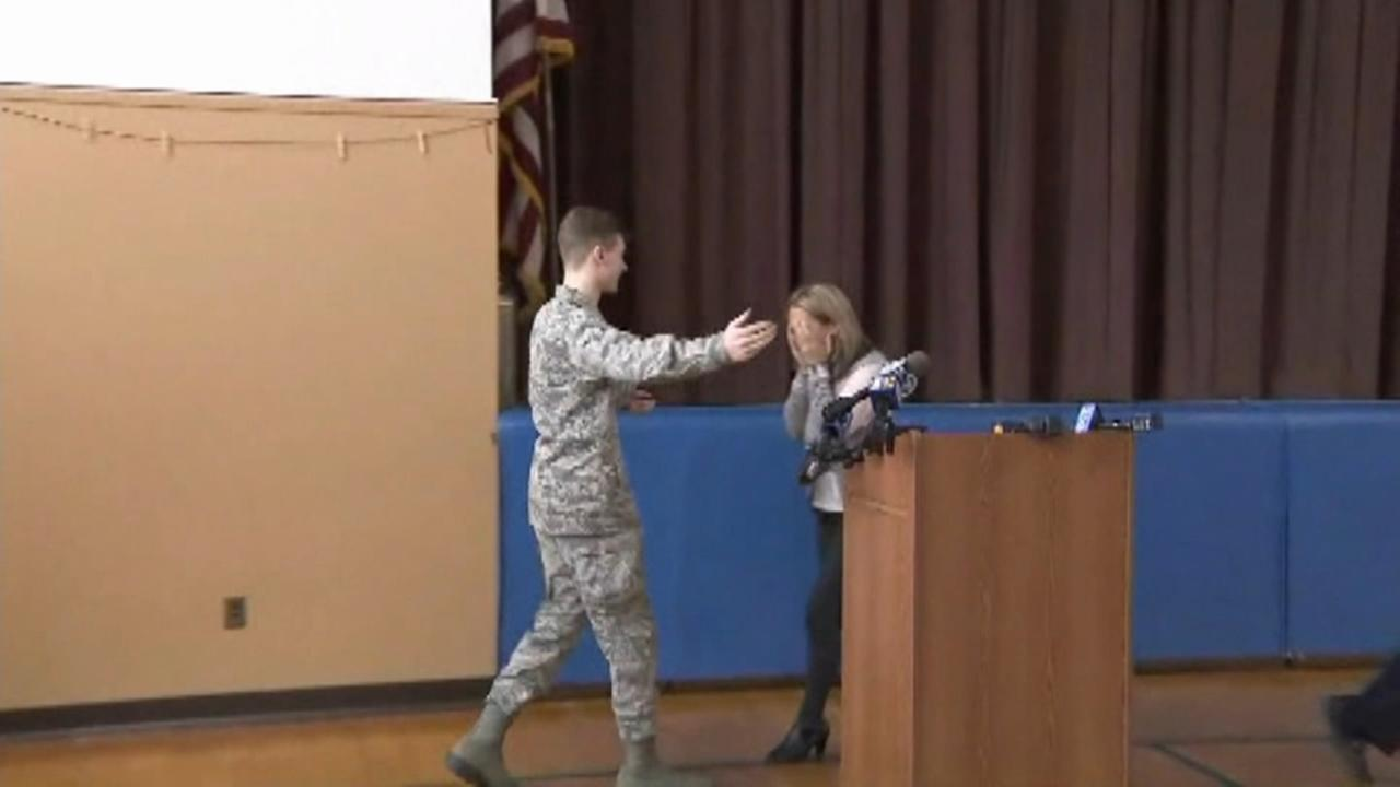 Teachers surprised by return of soldier son