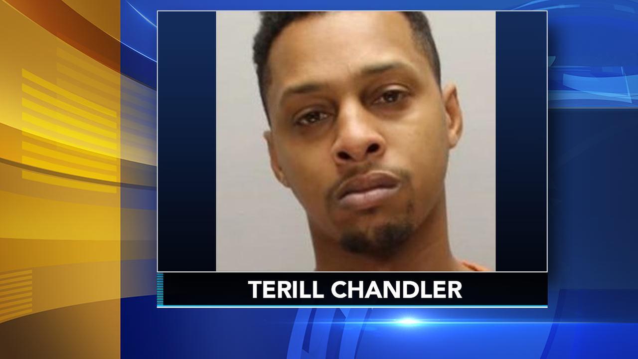 Police seek suspect in Lindenwold, NJ murder