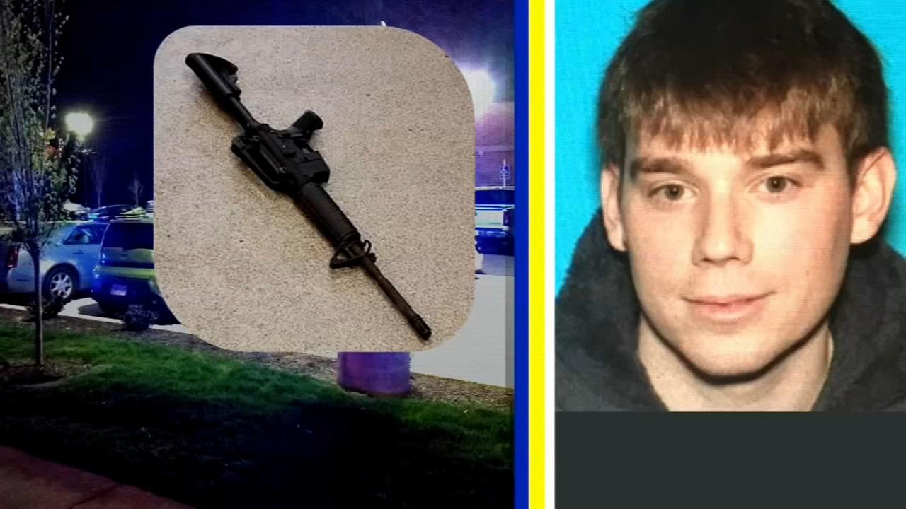 Manhunt for Waffle House gunman