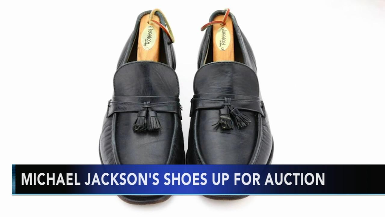 Michael Jacksons shoes up for auction