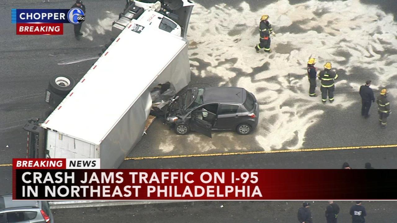 Truck crash jams I-95