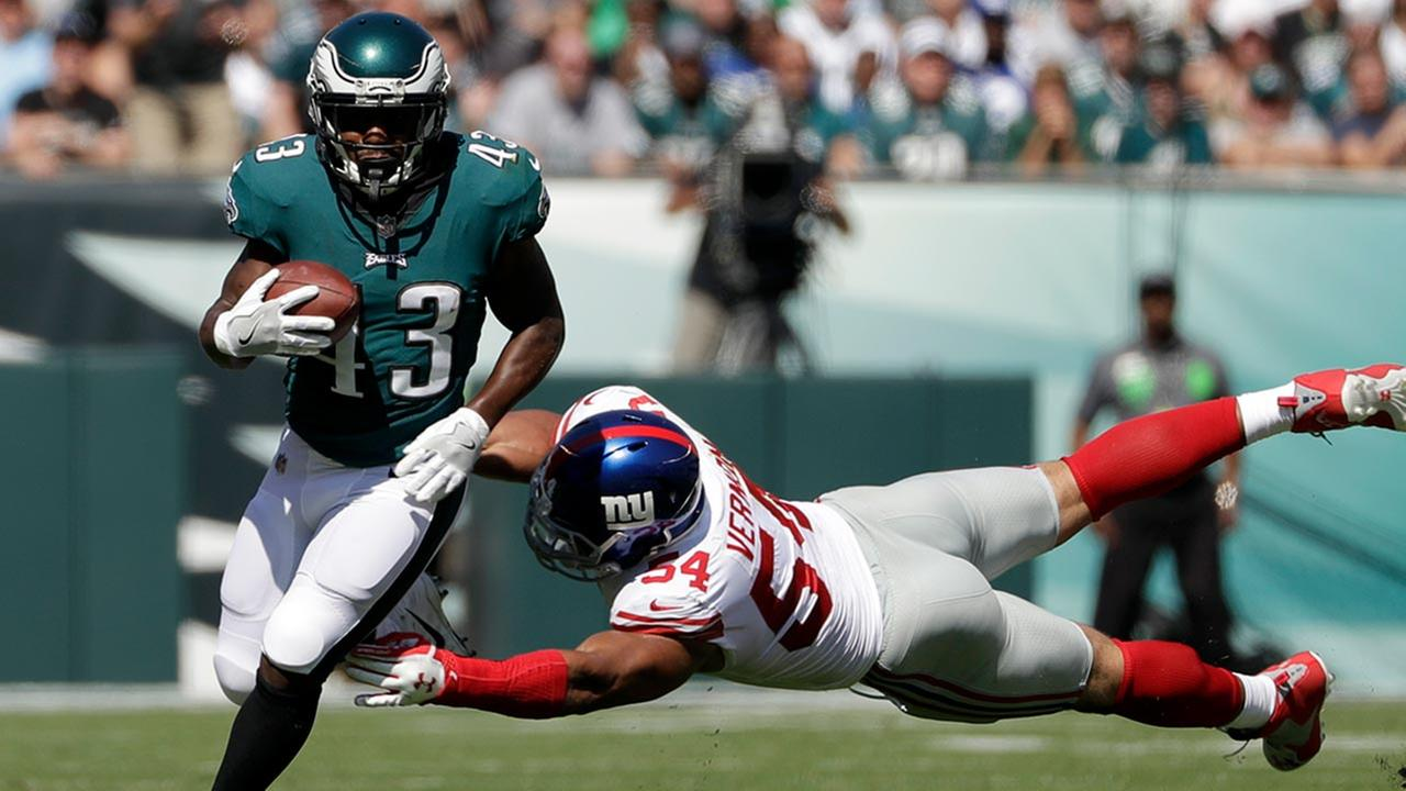 Philadelphia Eagles Darren Sproles during the first half of an NFL football game, Sunday, Sept. 24, 2017, in Philadelphia. (AP Photo/Michael Perez)