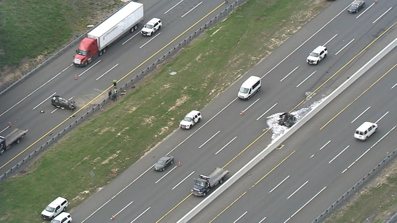 Three injured in crash on New Jersey Turnpike