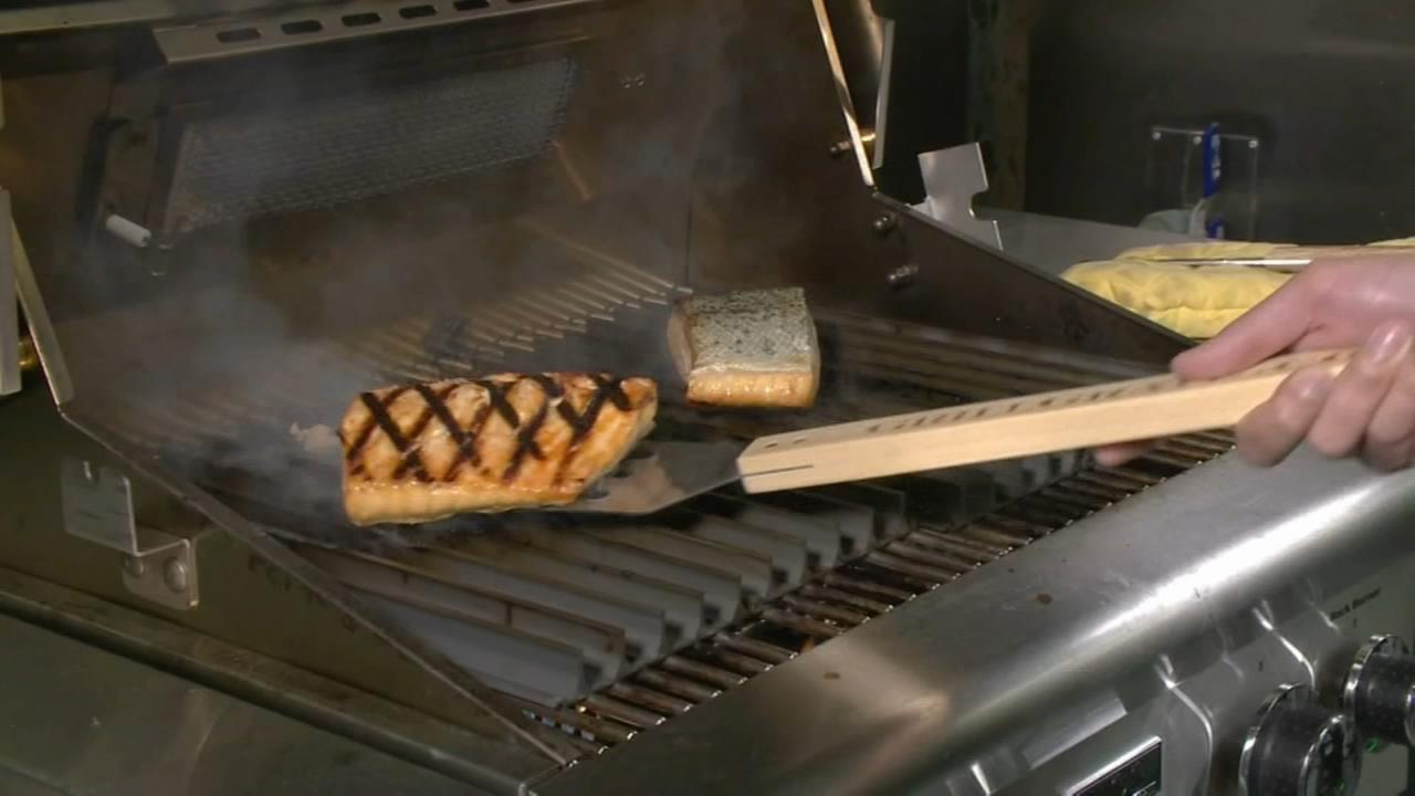Consumer Reports: Gas grill buying guide