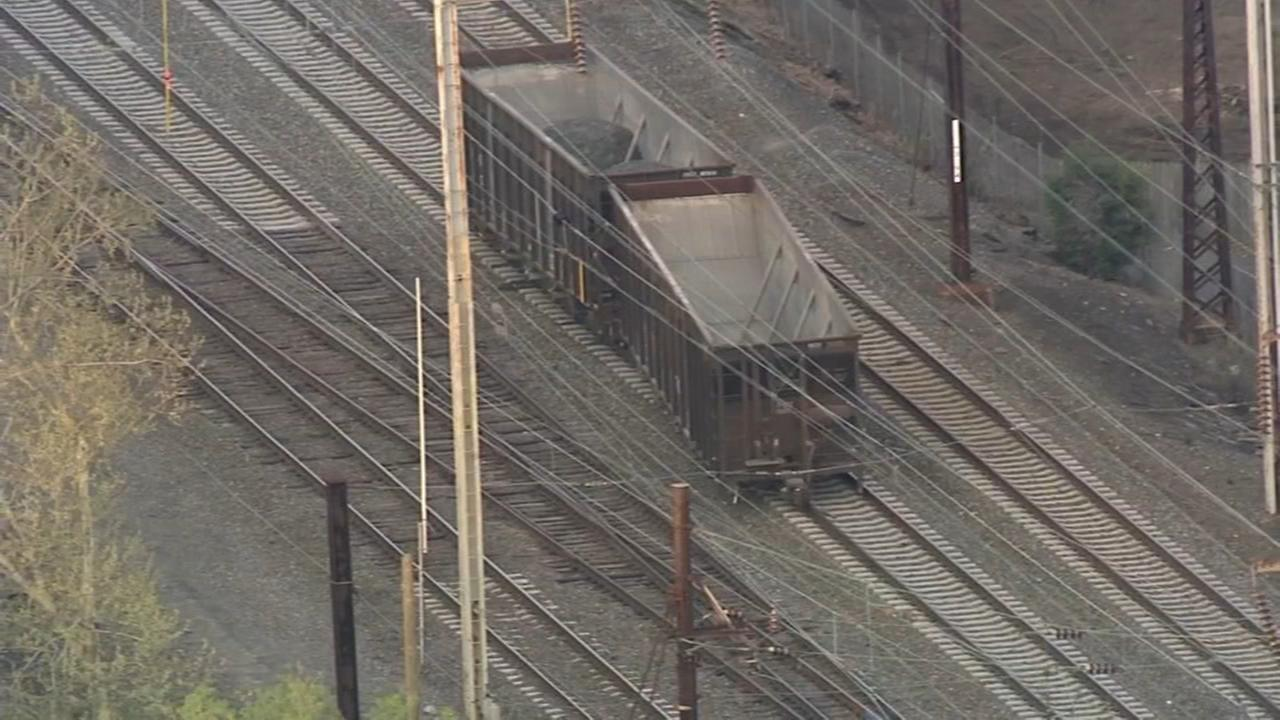 Freight train derails in Delco, delays on SEPTA and Amtrak