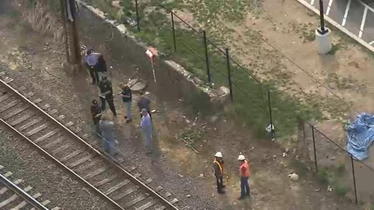 Person struck by train in Bridesburg, Amtrak & SEPTA impacted
