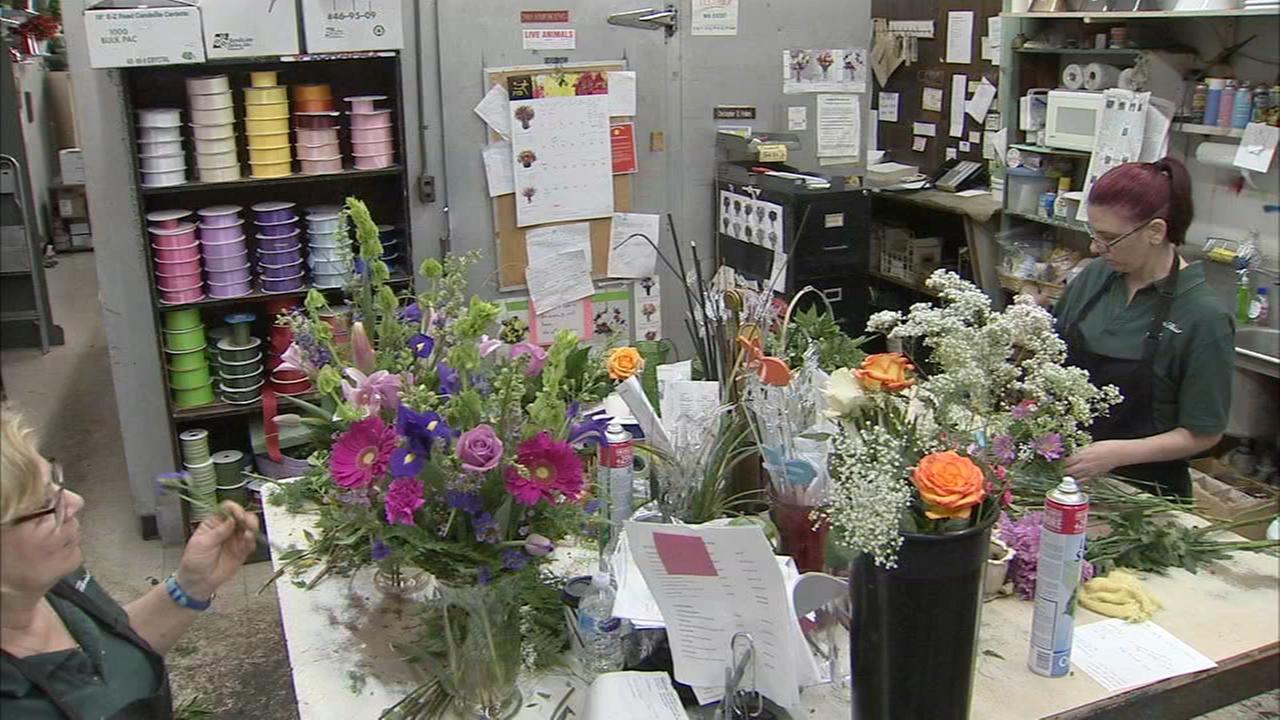 Third generation florist is still serving the Delaware Valley