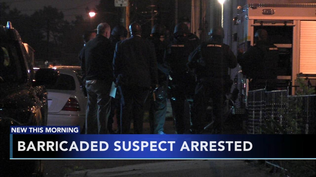 Barricaded suspect arrested in Frankford