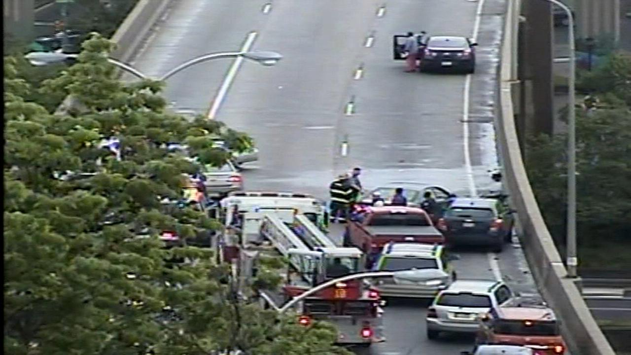 Man ejected, run over on Roosevelt Expressway