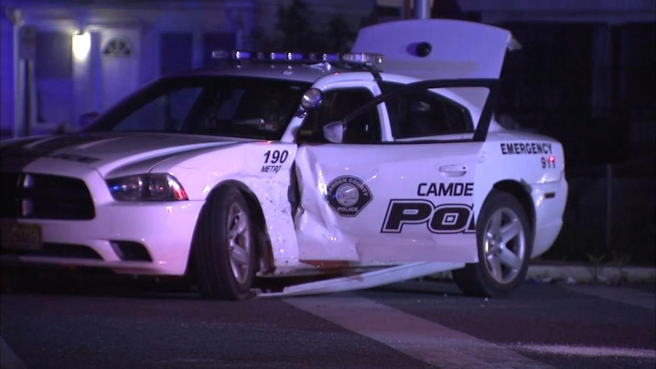 Camden officer hurt in crash