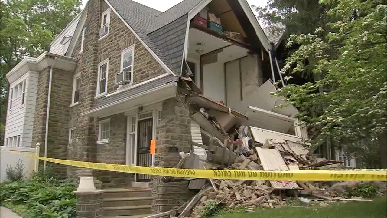 House partially collapses in West Mt. Airy section of Philadelphia