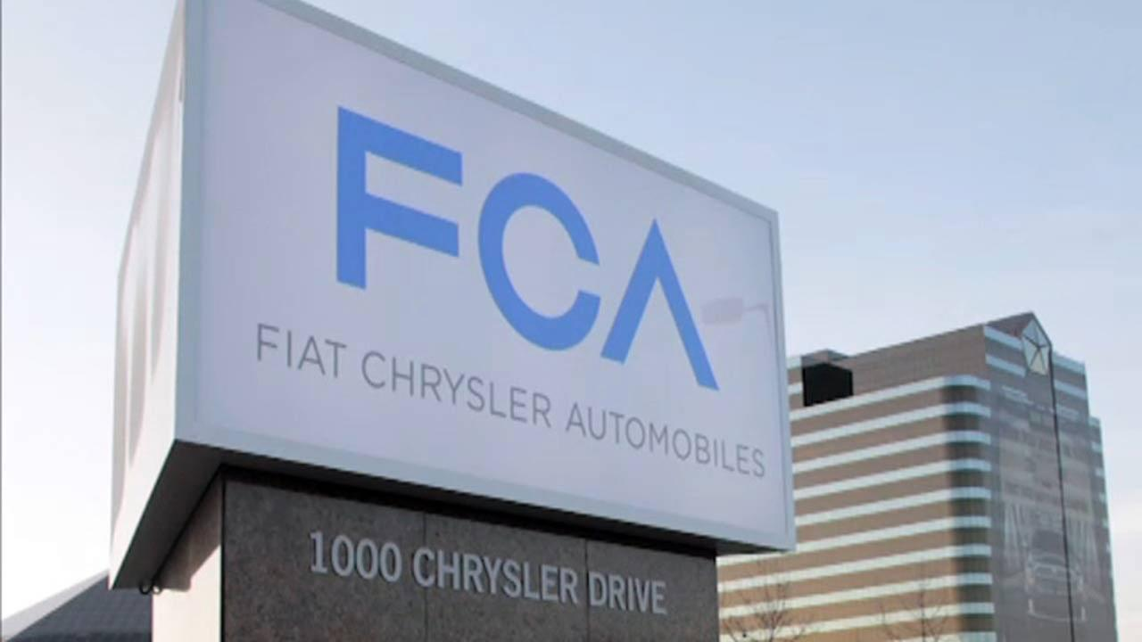 Fiat Chrysler warns 4.8M owners: Don't use the cruise