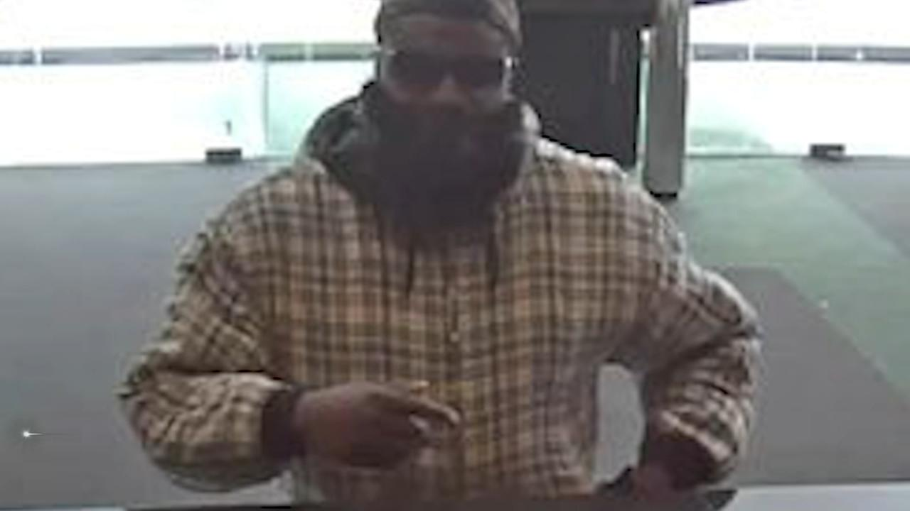 Bank robber caught on camera in Delaware