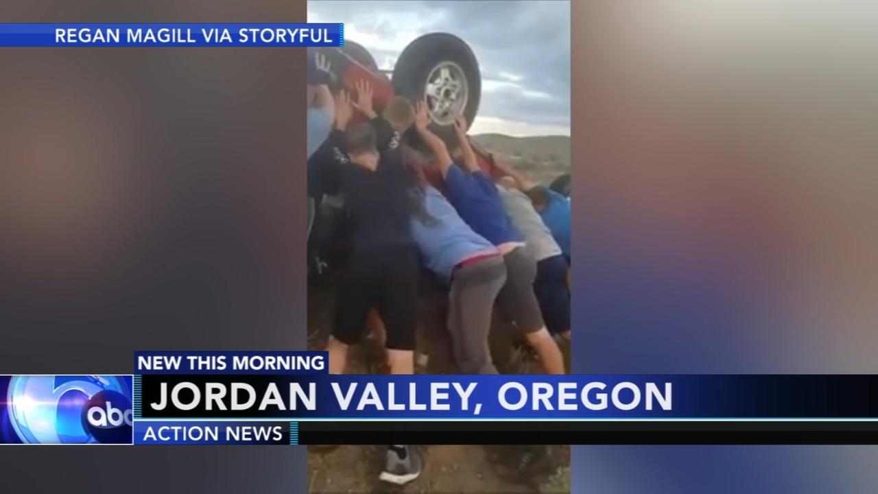 Youth football teams helps car crash victims