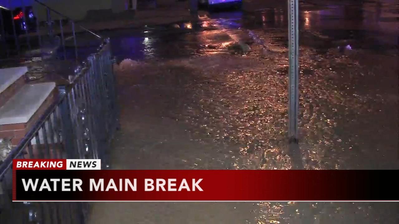Water main break in South Philadelphia