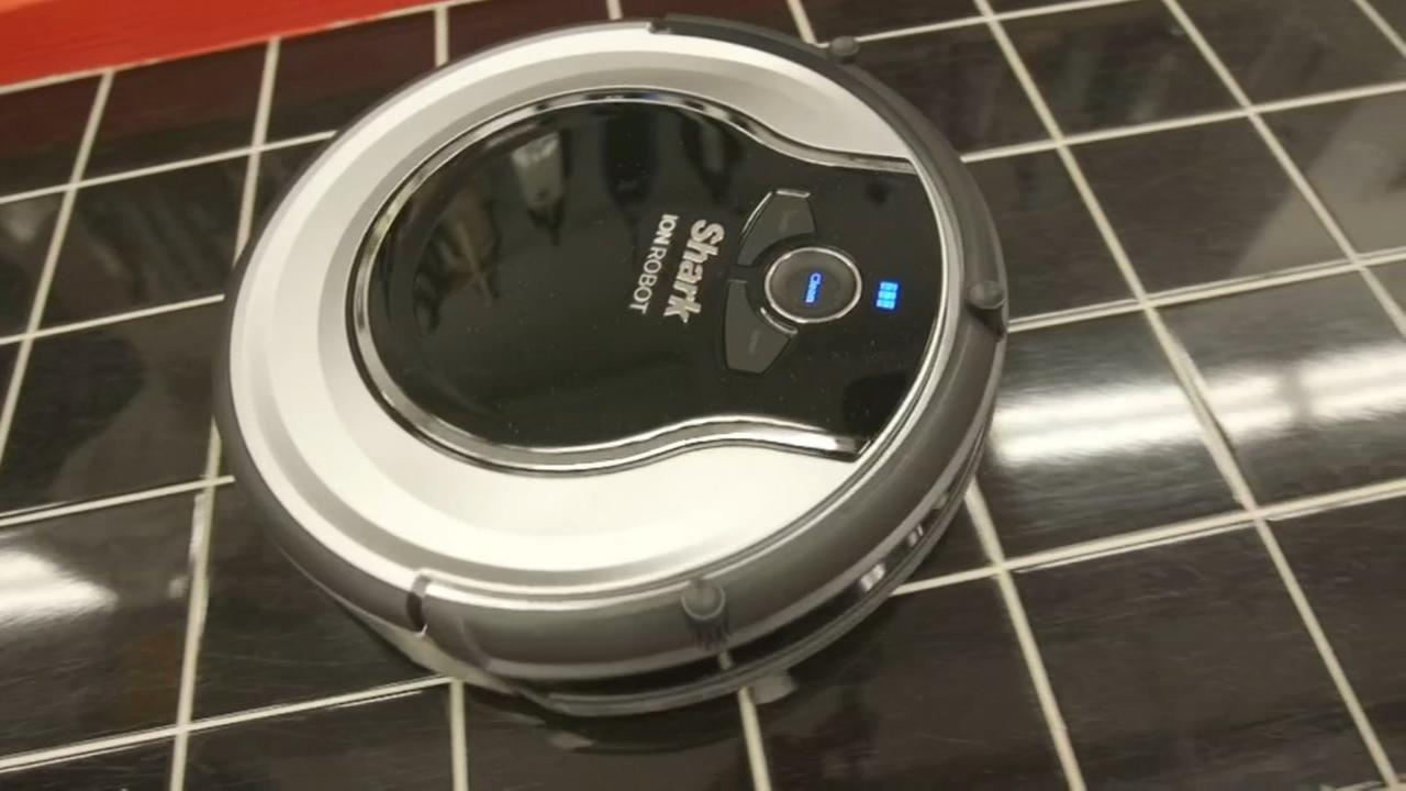 Consumer Reports tests best robotic vacuums