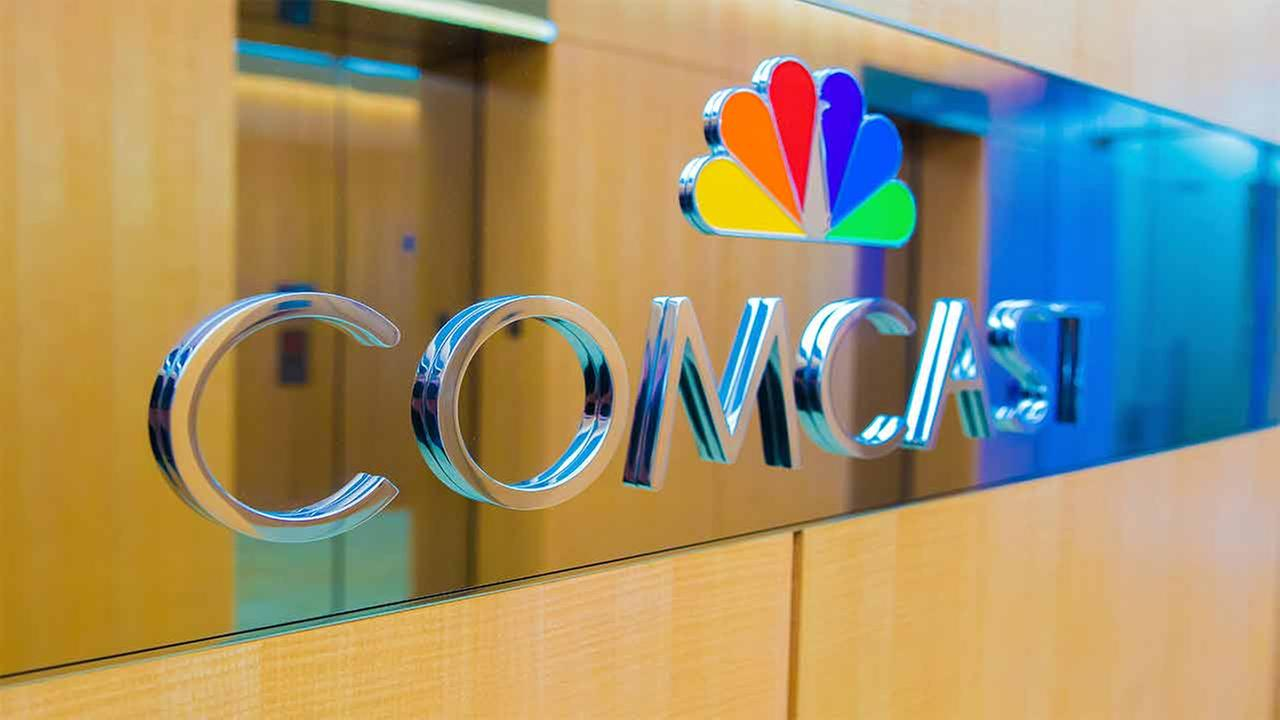 Comcast Drops Out of Fox Bidding, Clearing the Path for Disney