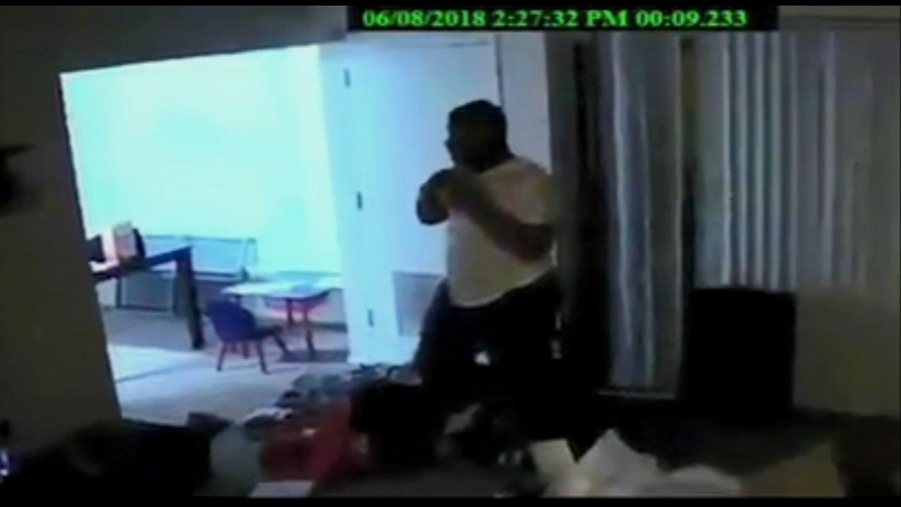 Video shows sex assault suspect entering home in Olney