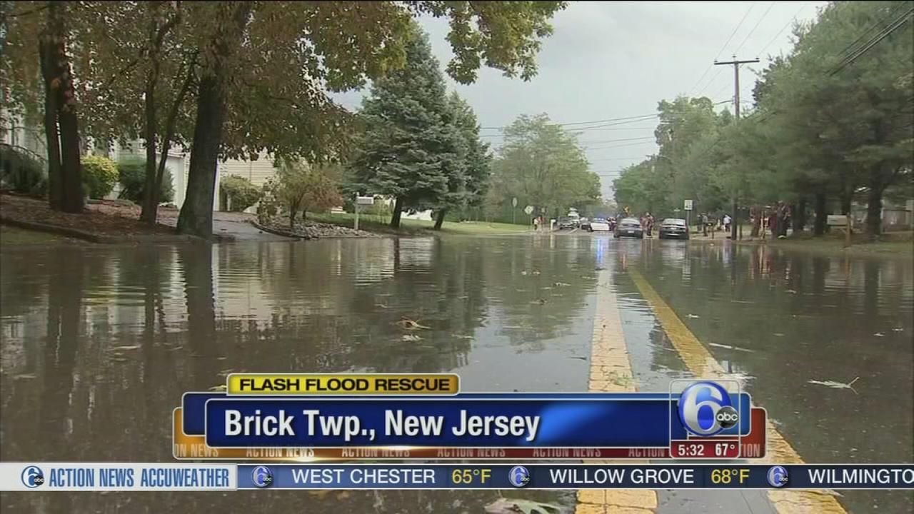 VIDEO: Flash flood rescue