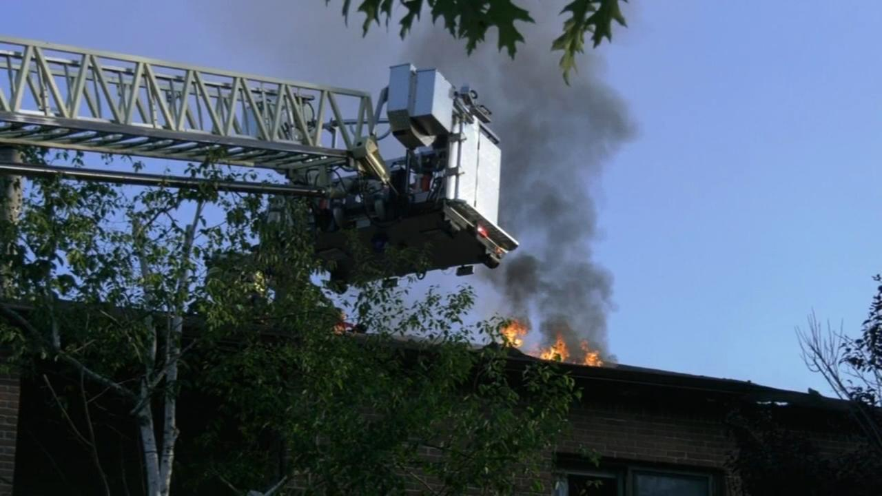 Firefighters battle Princeton apartment fire