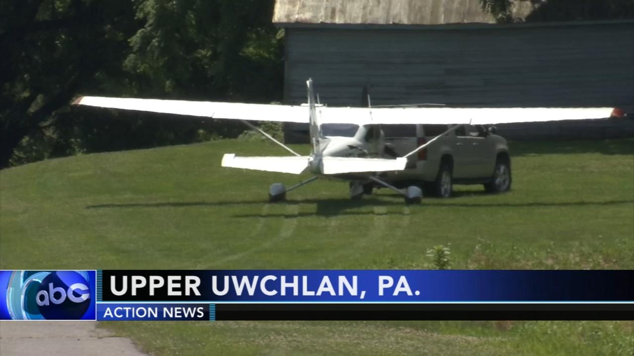 Small plane makes emergency landing in Chester County