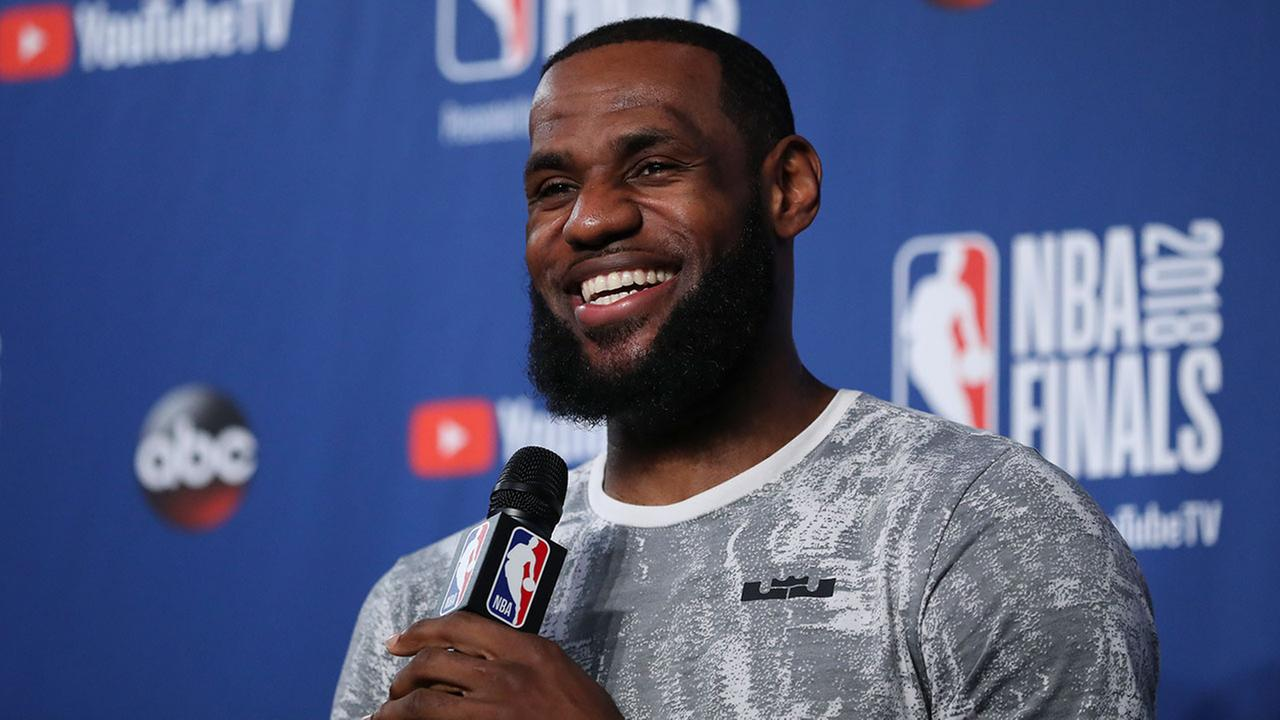 A high-level Philadelphia 76ers contingent is meeting with LeBron James agent, Rich Paul, on Sunday in Los Angeles, Action News has learned.
